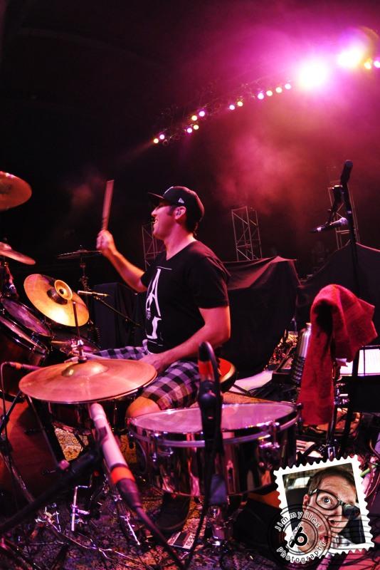 Jimmy Iles Beat-Play Rebelution (Seedless Summer Tour)