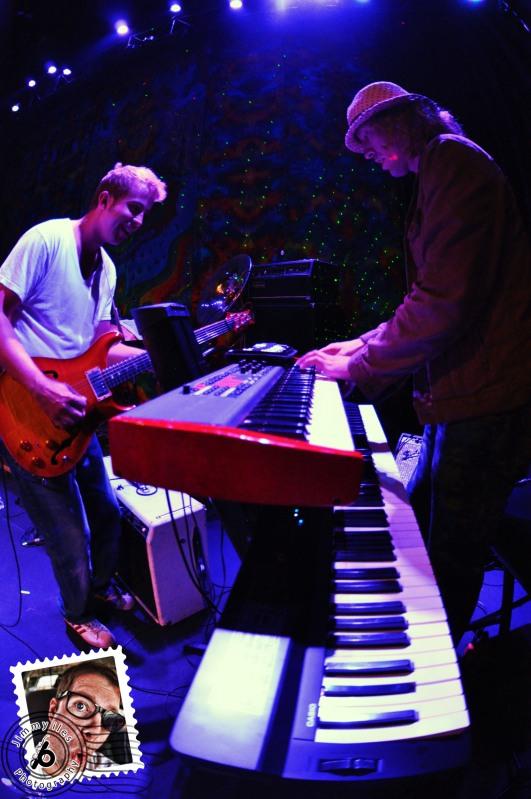 Jimmy Iles Beat-Play Frogs Gone Fishin'
